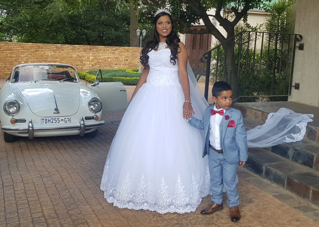 Hire classic cars wedding transport