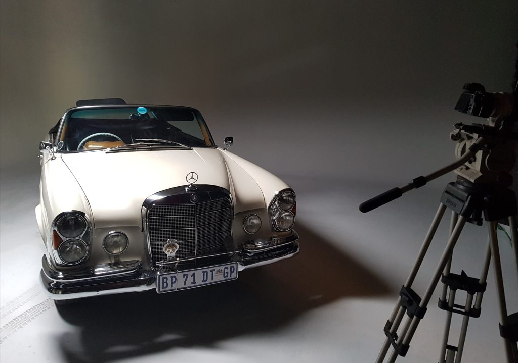 classic-mercedes-benz-cabriolet-photo-shoot